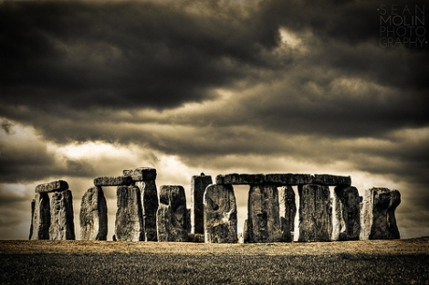 Dark Skies Over Stonehenge Redux, por Sean Molin