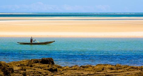 Belo-sur-Mer pirogue, par Franck Vervial